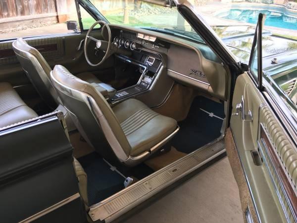 1965 Ford Thunderbird Convertible (5)