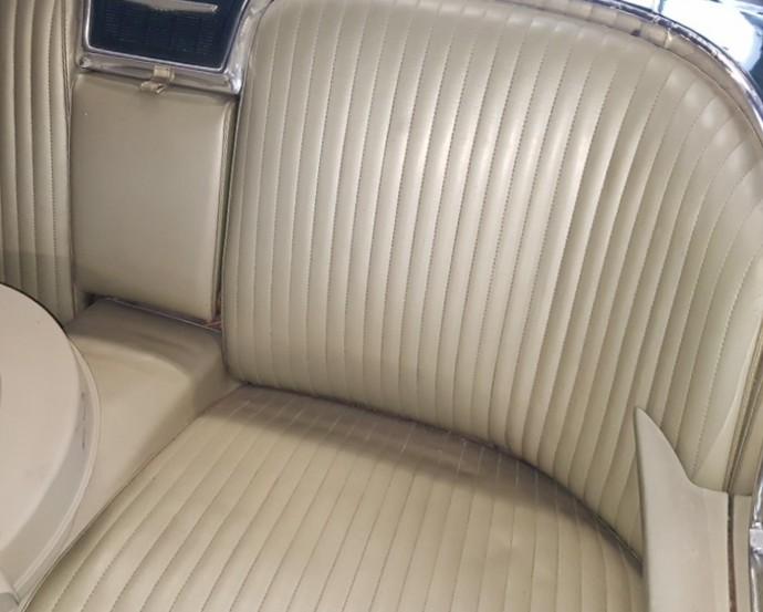 1965 Ford Thunderbird Convertible (6)