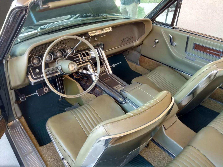 1965 Ford Thunderbird Convertible (7)