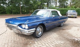 1965-Ford-Thunderbird-Convertible-390ci-1