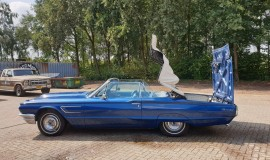 1965-Ford-Thunderbird-Convertible-390ci-9