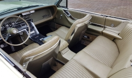 1965 Ford Thunderbird Convertible 390ci - Ivy Gold (10)