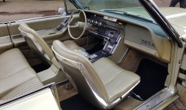 1965 Ford Thunderbird Convertible 390ci - Ivy Gold (13)
