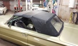 1965 Ford Thunderbird Convertible 390ci - Ivy Gold (20)