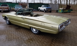 1965 Ford Thunderbird Convertible 390ci - Ivy Gold (3)