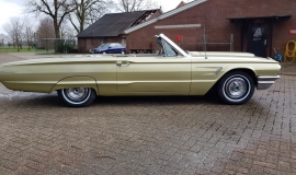 1965 Ford Thunderbird Convertible 390ci - Ivy Gold (6)