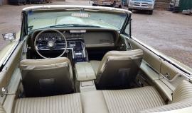 1965 Ford Thunderbird Convertible 390ci - Ivy Gold (9)