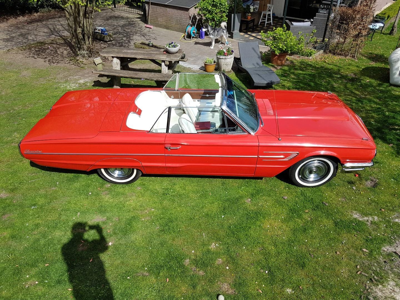 1965 Ford Thunderbird Convertible - 390CI (32)