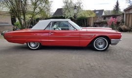 1965 Ford Thunderbird Convertible - 390CI (23)