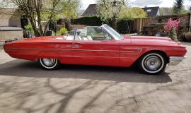 1965 Ford Thunderbird Convertible - 390CI (29)
