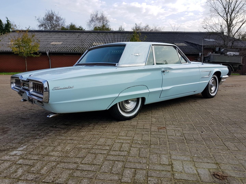 1965 Ford Thunderbird Hardtop 390ci (17)