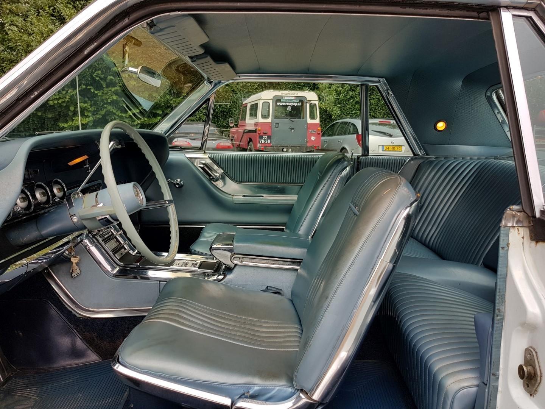 1965 Ford Thunderbird Hardtop 390ci (4)