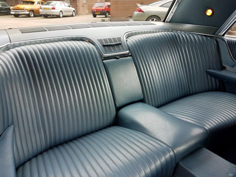 1965 Ford Thunderbird Hardtop 390ci (9)