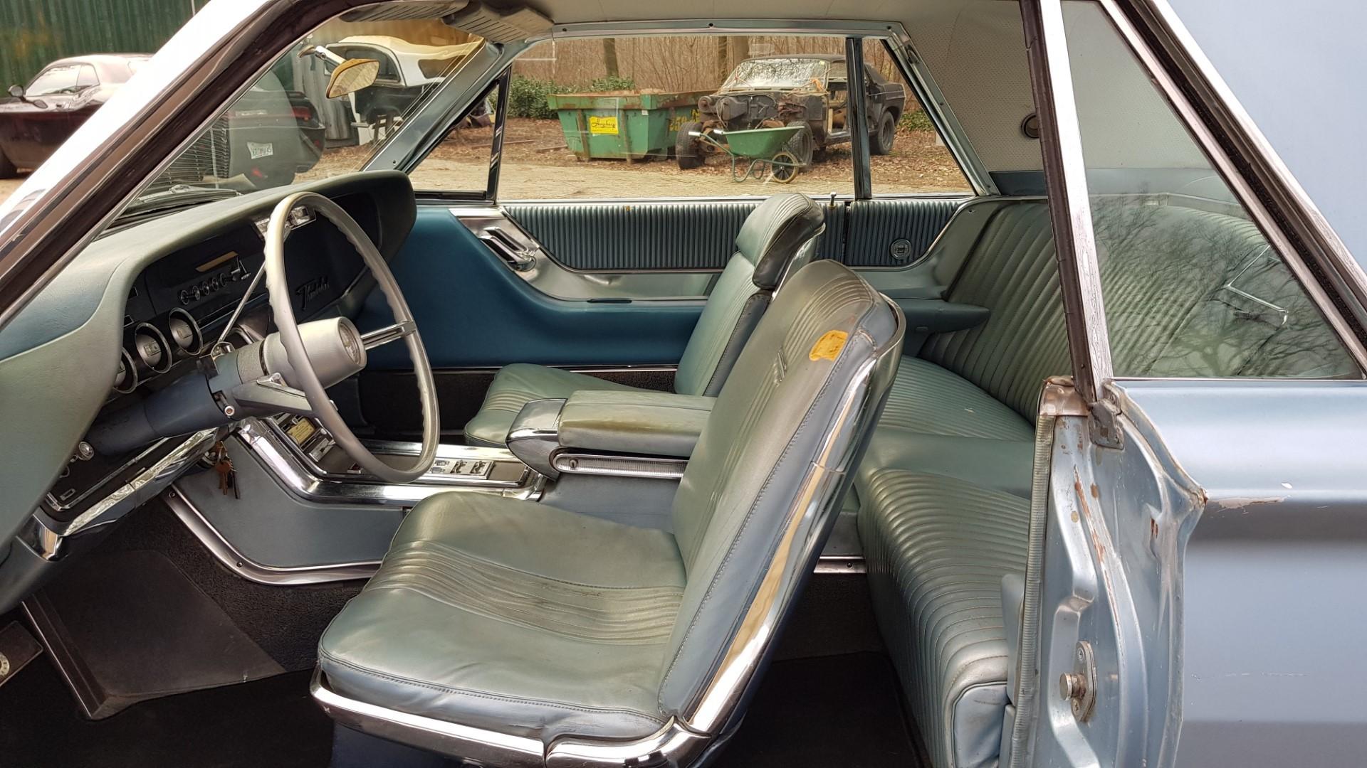 1965 Ford Thunderbird Hardtop 390ci FE (12)