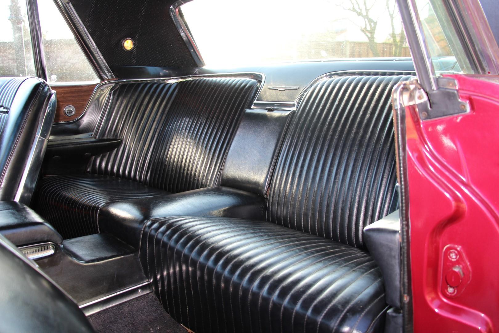 1965 Ford Thunderbird Hardtop - Burgundy (4)