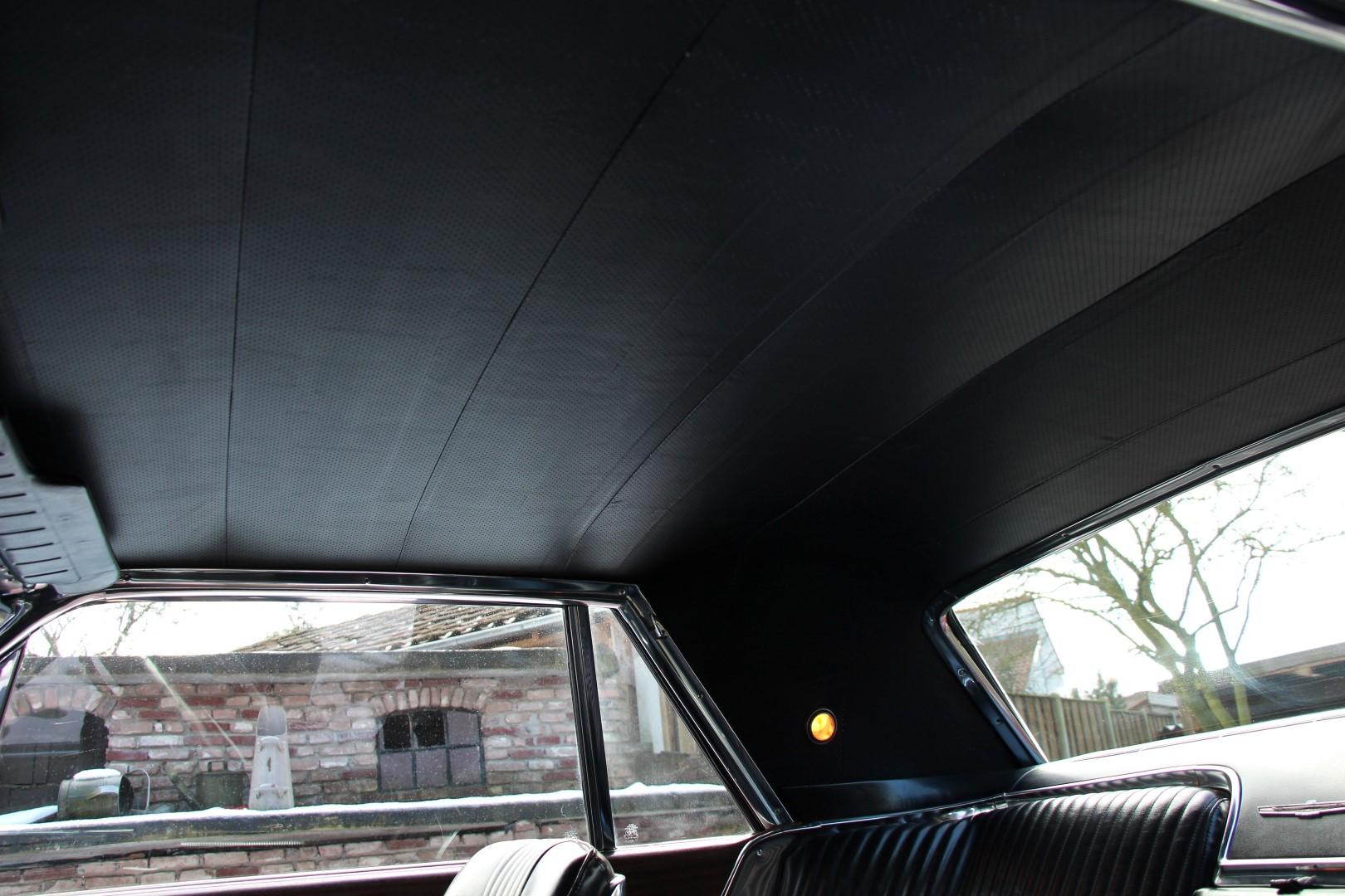 1965 Ford Thunderbird Hardtop - Burgundy new (10)
