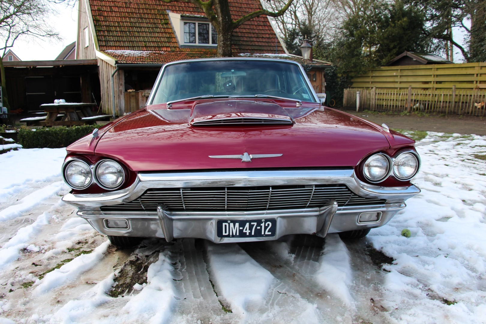 1965 Ford Thunderbird Hardtop - Burgundy new (15)