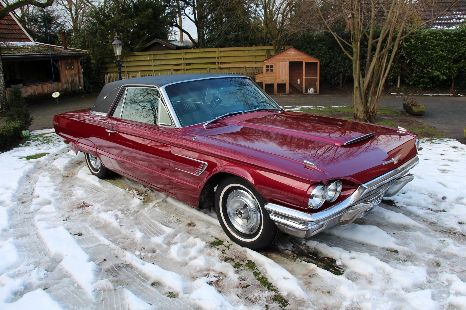 1965 Ford Thunderbird Hardtop - Burgundy new (16)