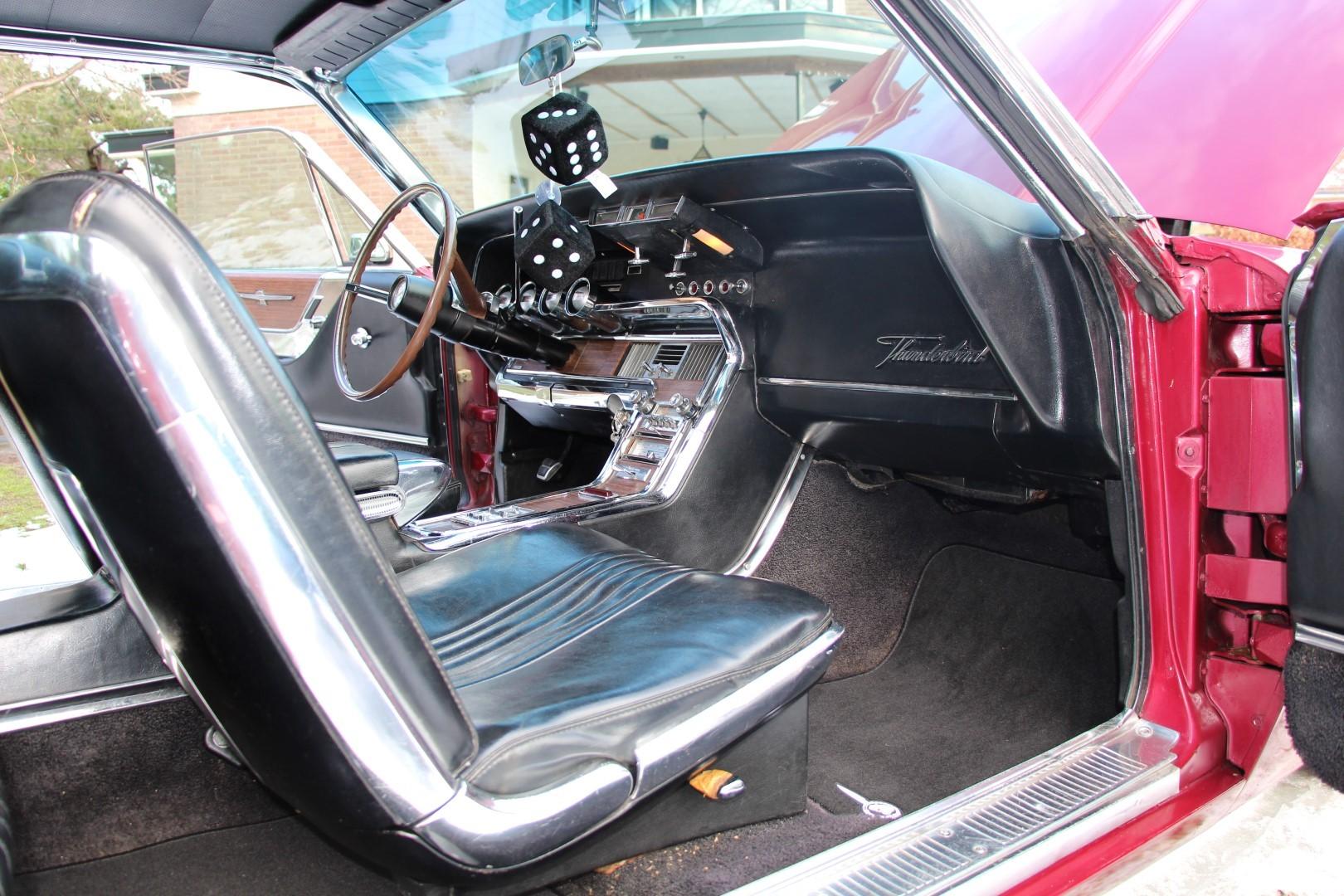 1965 Ford Thunderbird Hardtop - Burgundy new (6)