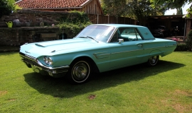 1965 Ford Thunderbird 390 (1)