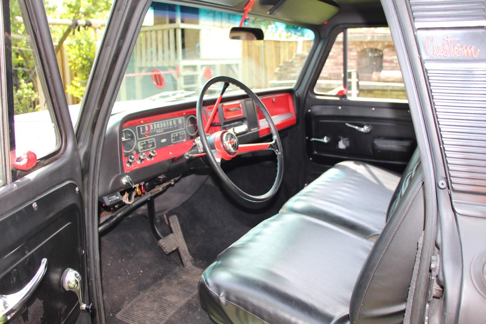 1966 Chevy C20 Pickup (12)