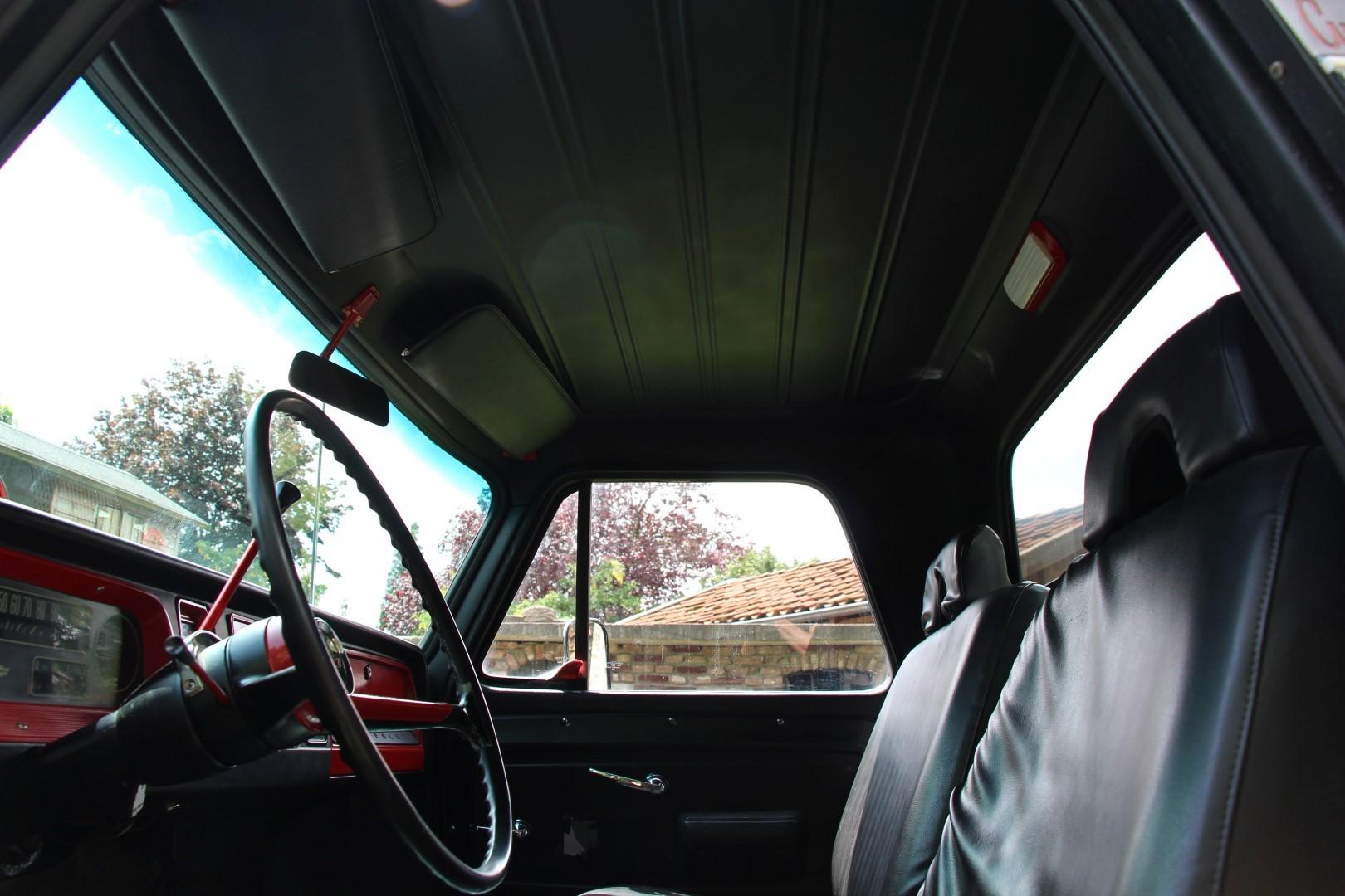 1966 Chevy C20 Pickup (14)