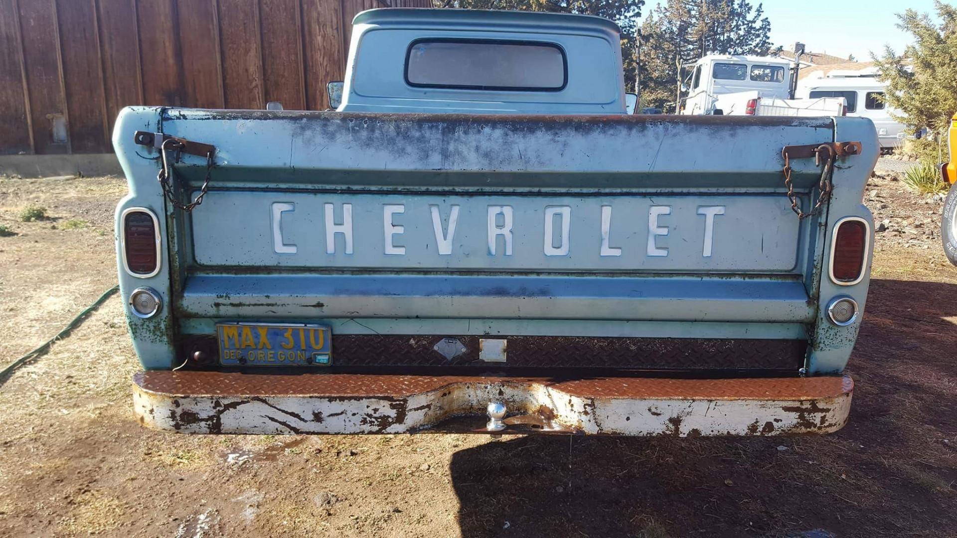 1966 Chevrolet C20 327ci Automatic (11)