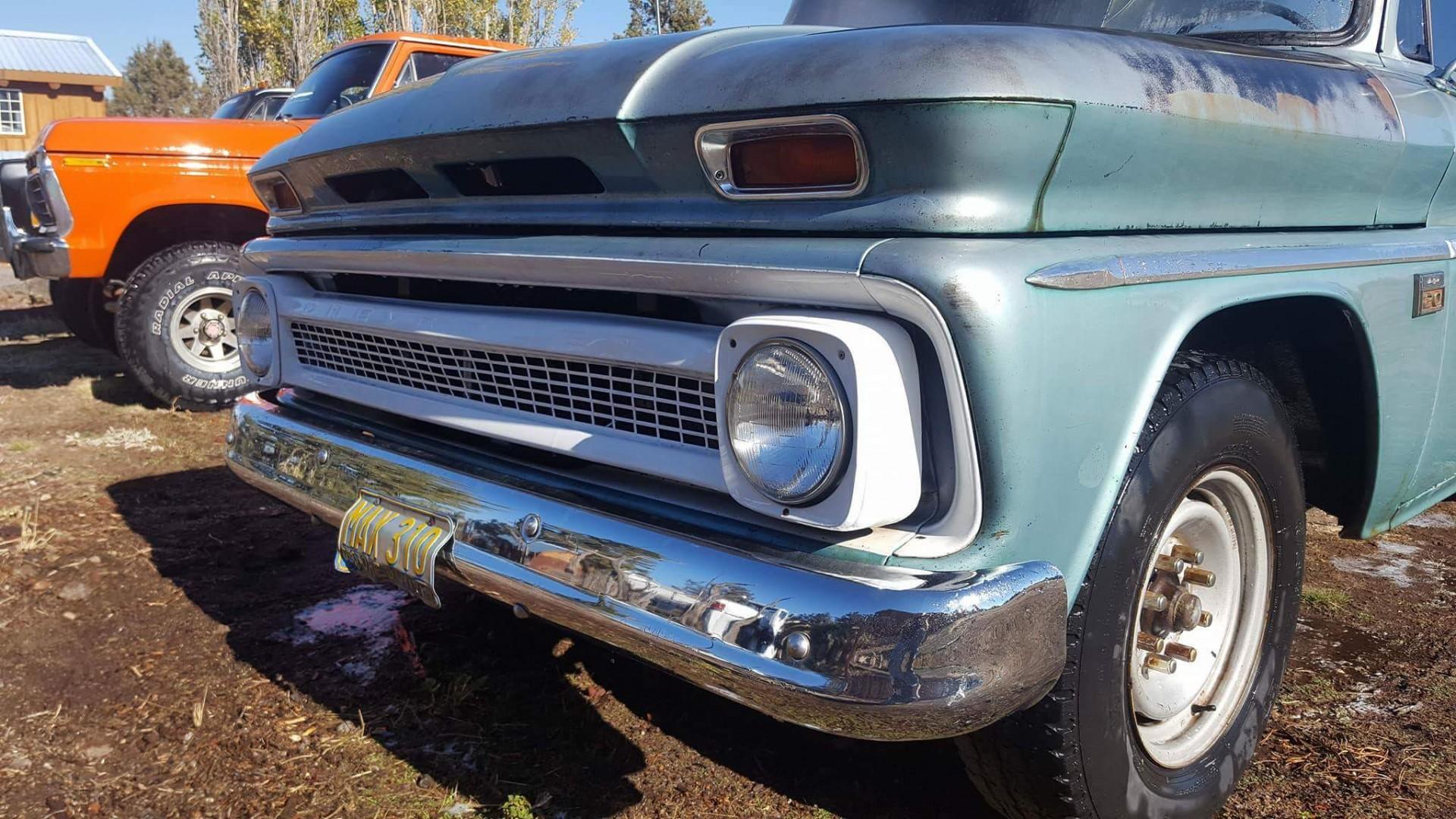 1966 Chevrolet C20 327ci Automatic (5)