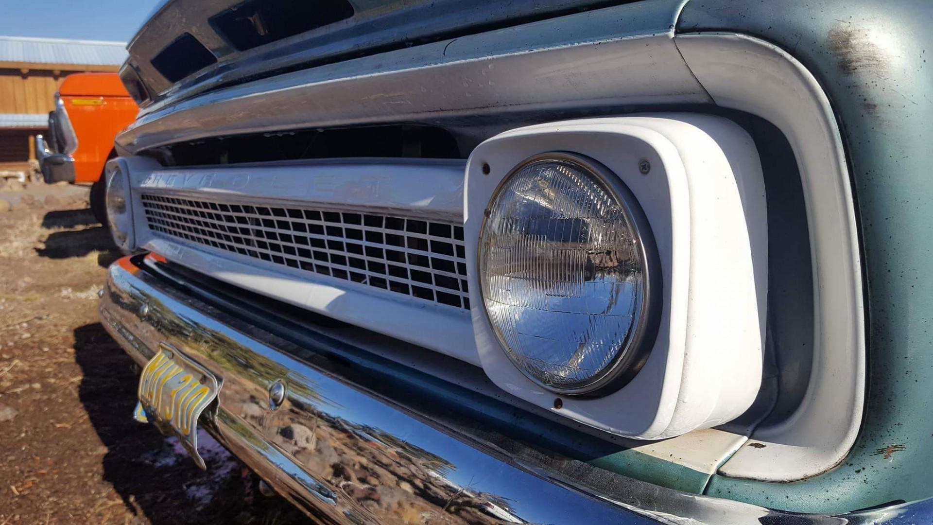 1966 Chevrolet C20 327ci Automatic (6)