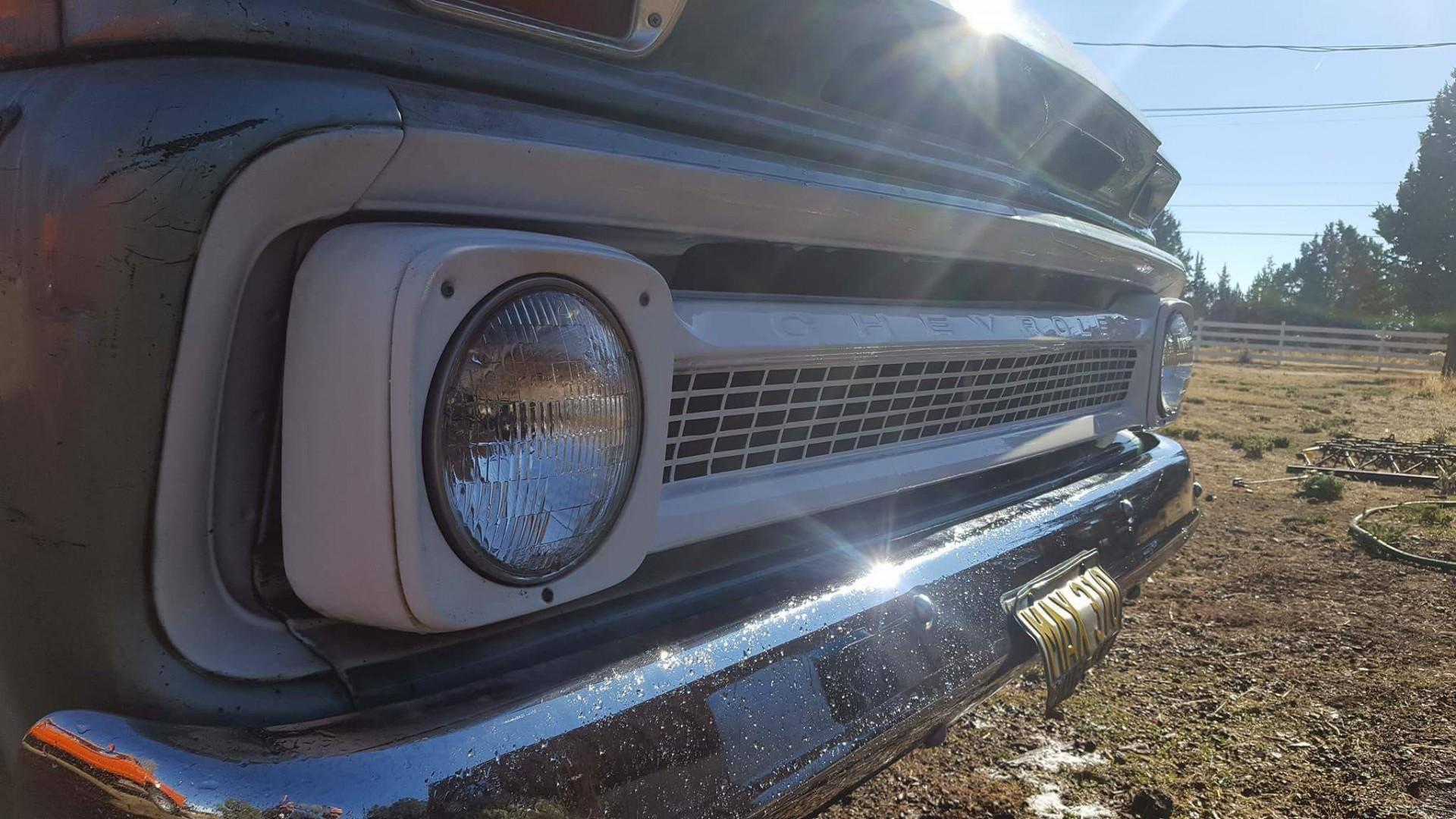 1966 Chevrolet C20 327ci Automatic (7)