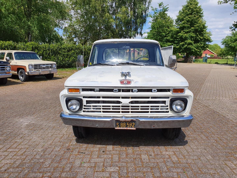 1966-Ford-F250-352ci-Manual-9