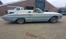 1966 Ford Thunderbird Convertible (7)