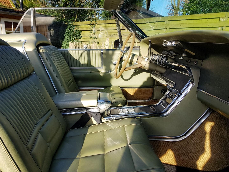 1966 Ford Thunderbird Convertible - 390ci (14)