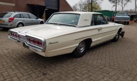 1966 Ford Thunderbird Hardtop (5)