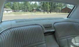 1966 Ford Thunderbird Hardtop Wimbledon White (16)