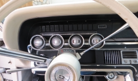 1966 Ford Thunderbird Hardtop Wimbledon White (4)