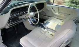 1966 Ford Thunderbird Hardtop Wimbledon White (9)