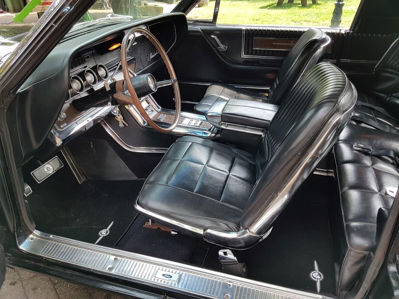 1966 Ford Thunderbird Town Landau triple black - 390ci (30)