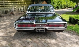 1966 Ford Thunderbird Town Landau triple black - 390ci (2)