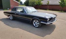 1966 Ford Thunderbird Town Landau triple black - 390ci (22)