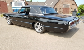 1966 Ford Thunderbird Town Landau triple black - 390ci (26)