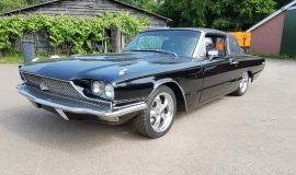 1966 Ford Thunderbird Town Landau triple black - 390ci (28)