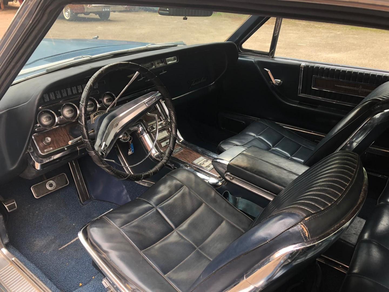 1966 Ford Thunderbird Town Landau 428ci (12)