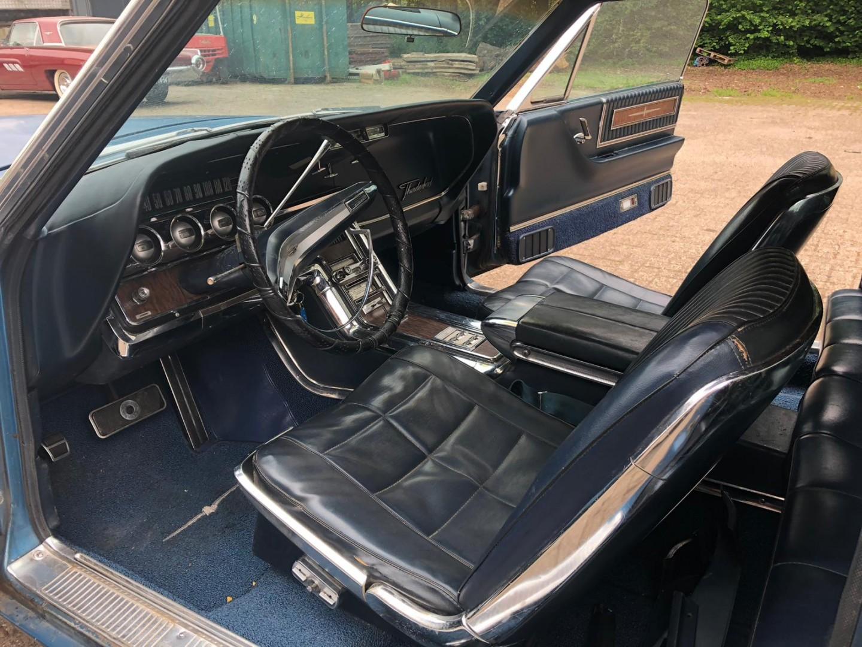 1966 Ford Thunderbird Town Landau 428ci (16)
