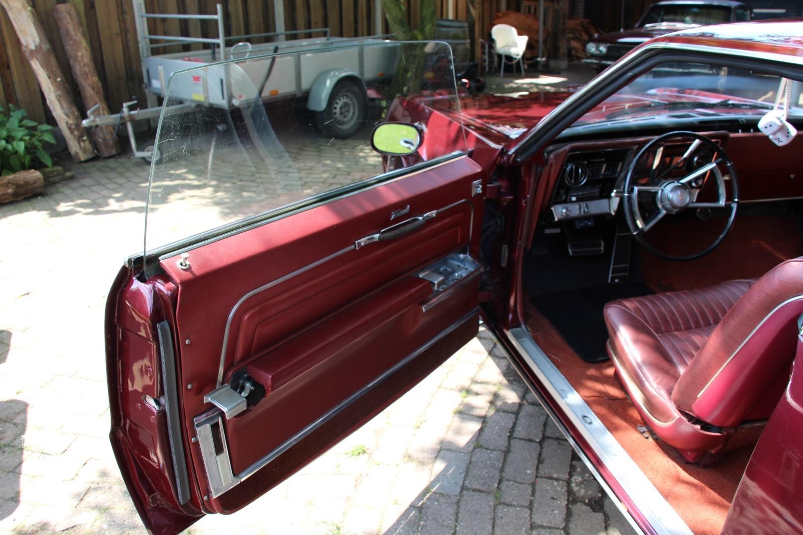 1966 Oldsmobile Toronado (5)