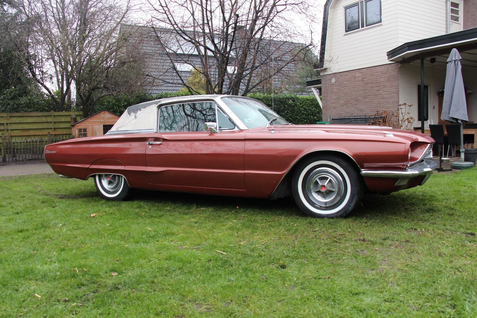 1966 Ford Thunderbird Town Landau 428 - emberglow (16)