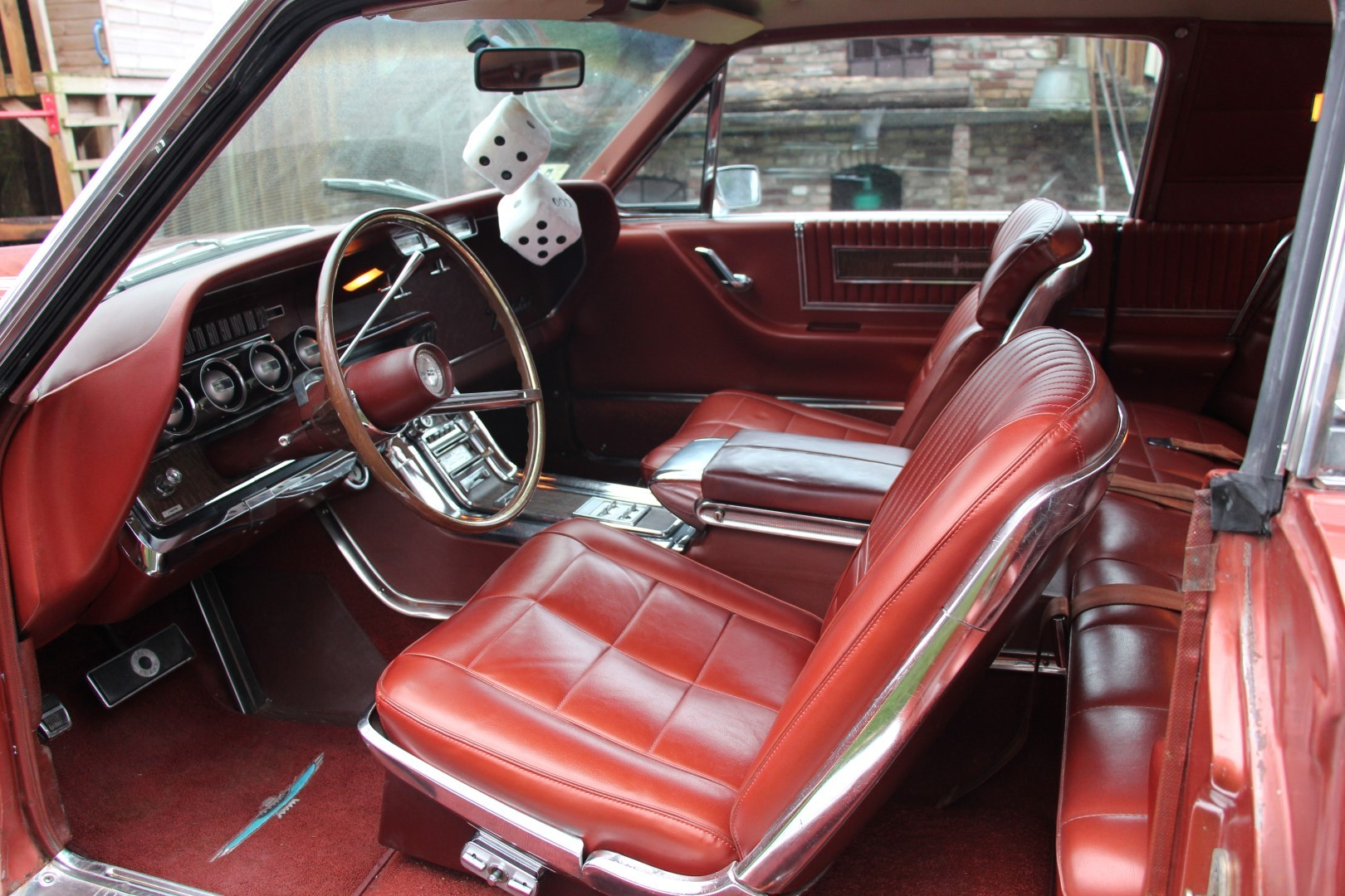 1966 Ford Thunderbird Town Landau 428 - emberglow (23)