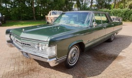 1967-Chrysler-Imperial-440ci-V8-1