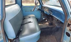 1967-Ford-F100-Custom-Cab-352ci-V8-2