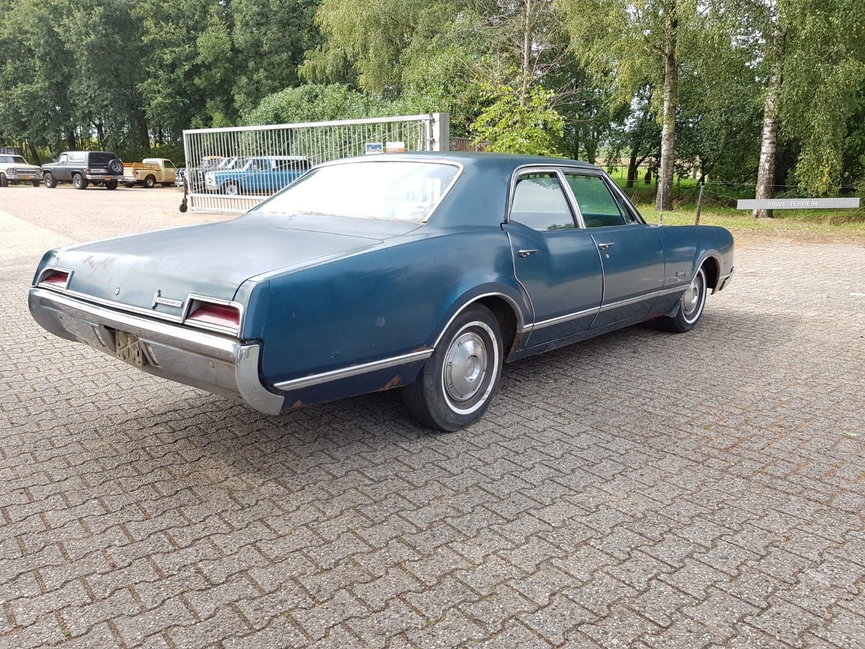 1967 Oldsmobile Delmont 88 425ci (5)